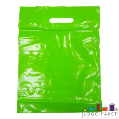 Готовый ПВД пакет зеленый с вырубными ручками