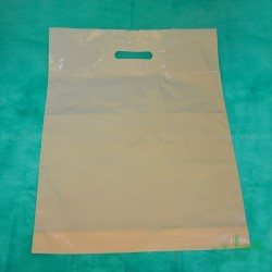 Пакет ПВД 40*50 см с вырубной ручкой и донной складкой