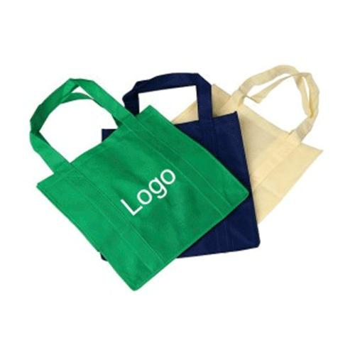 логотип пример на сумке