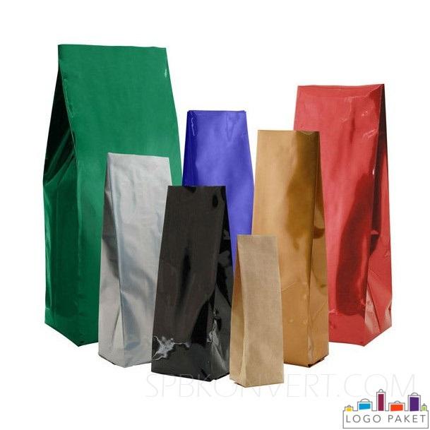 Пакет с центральным швом, разных цветов