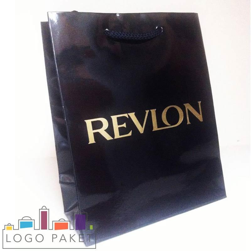 пакет с ручками из мелованной бумаги черный