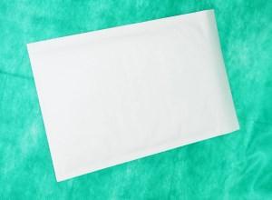 образец белого конверта крафт 320х450 мм