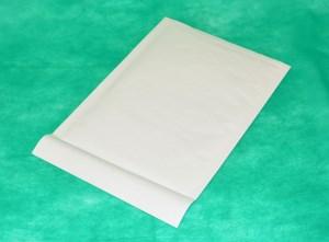 образец белого конверта крафт 240х340 мм