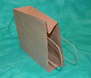 образец крафт-пакета 34,5х26 см с кручеными ручками
