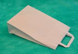 образец белого крафт-пакета 37х32 с плоскими ручками