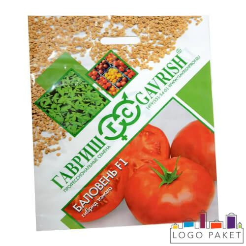 Общий вид пакета для семян томатов, с фотографиями томатов и надписями