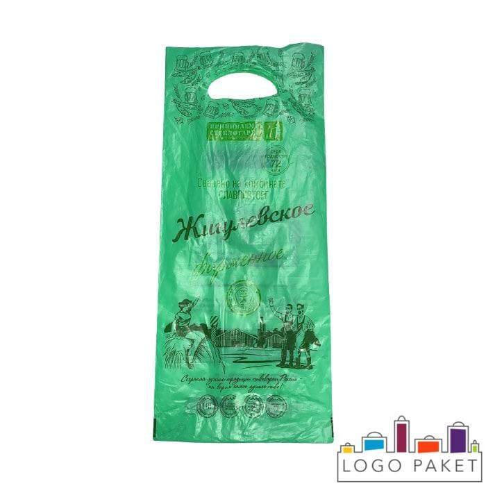 Пакет ПНД под бутылку 200х450 мм с вырубными ручками зеленый