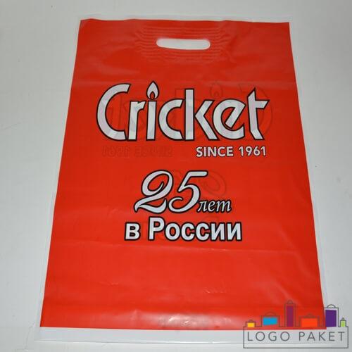 красный пакет с ручкой пвд