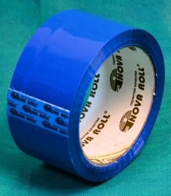 рулон синего скотча